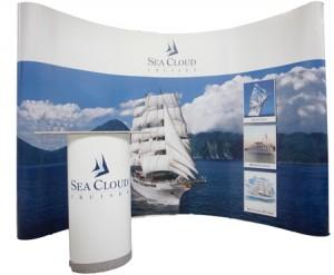 4 Meter Messewand Seacloud mit Theke